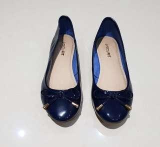 Pretty FIT Navy Blue Pumps Shoes Size 35