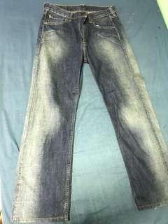 Authentic Levi's 521 jeans