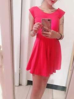 🚚 桃紅色小洋裝