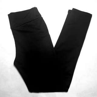 UNKNOWN BRAND- Size 10 - Black Tight Work Pants
