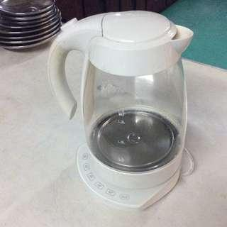 Home and Co. Glass Cordless Kettle