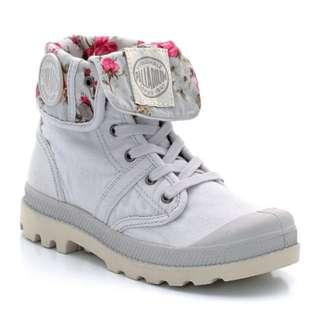 Palladium Girl's BAGGY NAIVE FLOWER Canvas Boots - Size 36