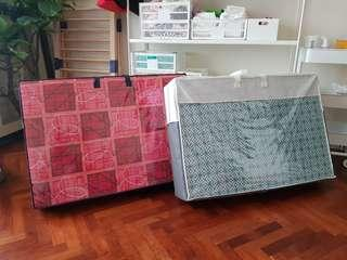 Foldable mattress (red)