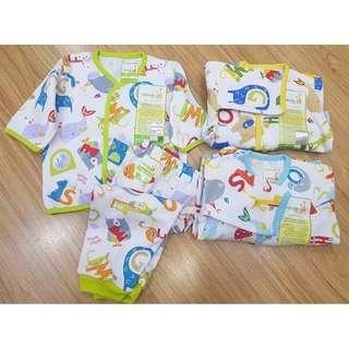 🚚 0-3 / 3-6 Baby Pyjamas velvet junior / zoo