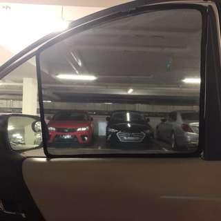 BOLTEE Magnetic Car Sunshade (no clips needed)