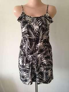 Hnm overall size s