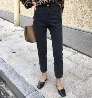 🚚 全新現貨 黑色九分牛仔褲 九分直筒褲 直筒褲 顯瘦牛仔褲