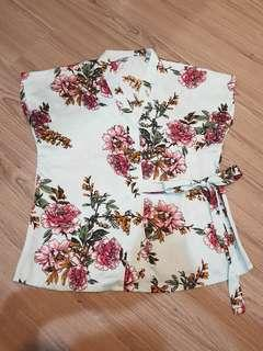 Top flower satin