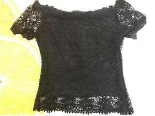 Lace off shoulder black