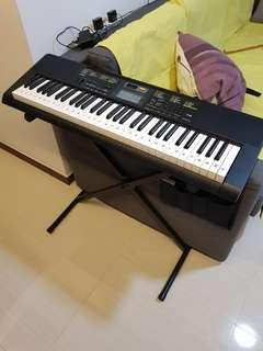 Casio CTK-2400 Keyboard