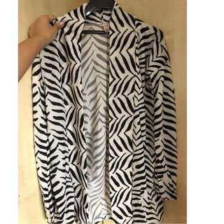 nobrand printed cardigan (fits S)