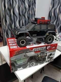 RedCat Racing Everest Gen7 Rock Crawler (Batteries Included)