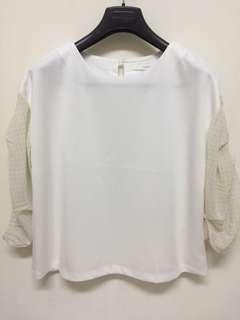 🚚 INDEX 白色質感上衣 水玉雪紡袖