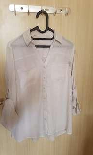 Whitr shirt
