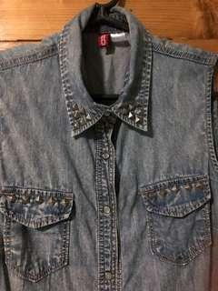 Divided soft denim top