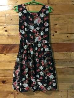 Chill's flowery black dress