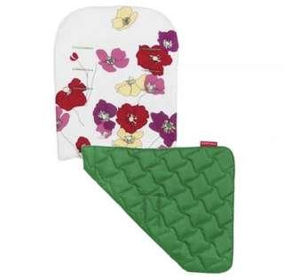 Brand NEW Original Maclaren Reversible Seat Liner in Open Floral Snow / Jelly Bean Green!