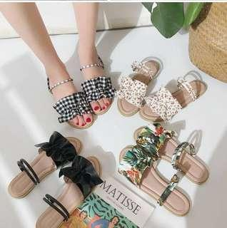 [PO] 2-Way Ruffled Strap Sandals