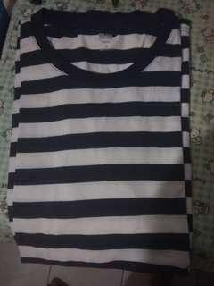 Uniqlo Stripes Tshirt