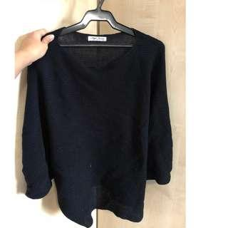 Style mentor black batwing knit top from HK (fits S-M)