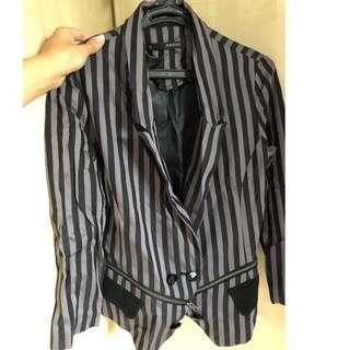 zucozz striped blazer with zippers from hk (fits XS-S)