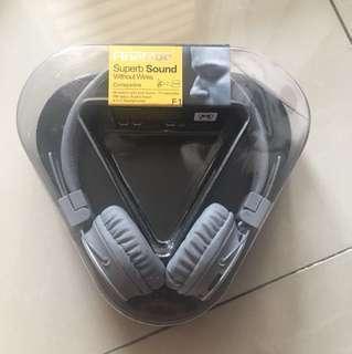 FineBlue wireless headset