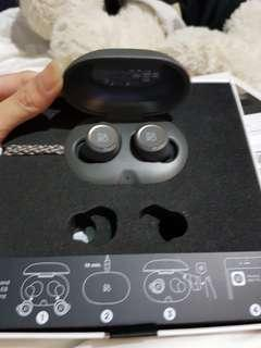 b&o beoplay e8 charcoal sand wireless earphones