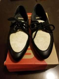 Camper 馬毛平底鞋