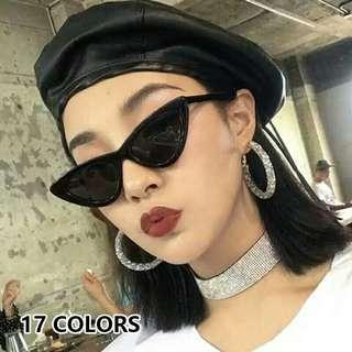 Kacamata gaya hitam