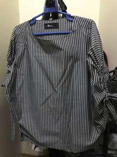 Mosaic black and white striped top (free size)