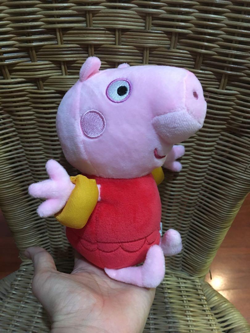 佩佩豬玩偶