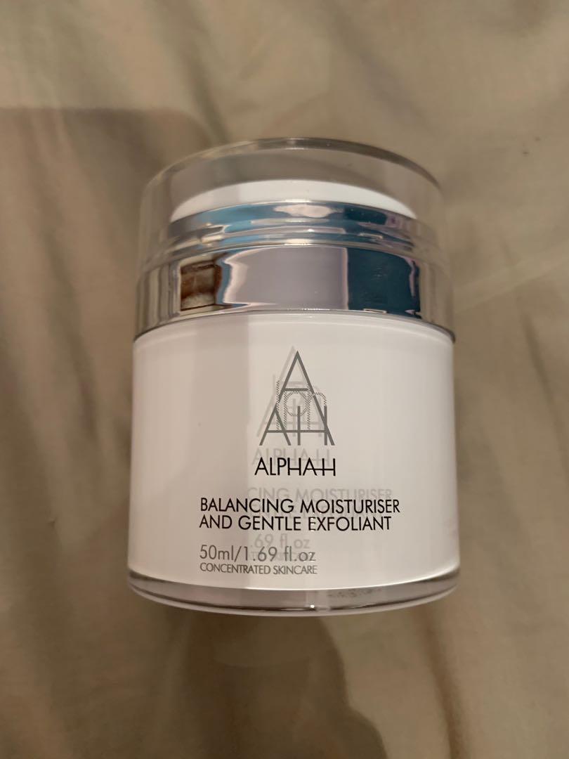 Alpha H balancing and gentle exfoliating moisturiser