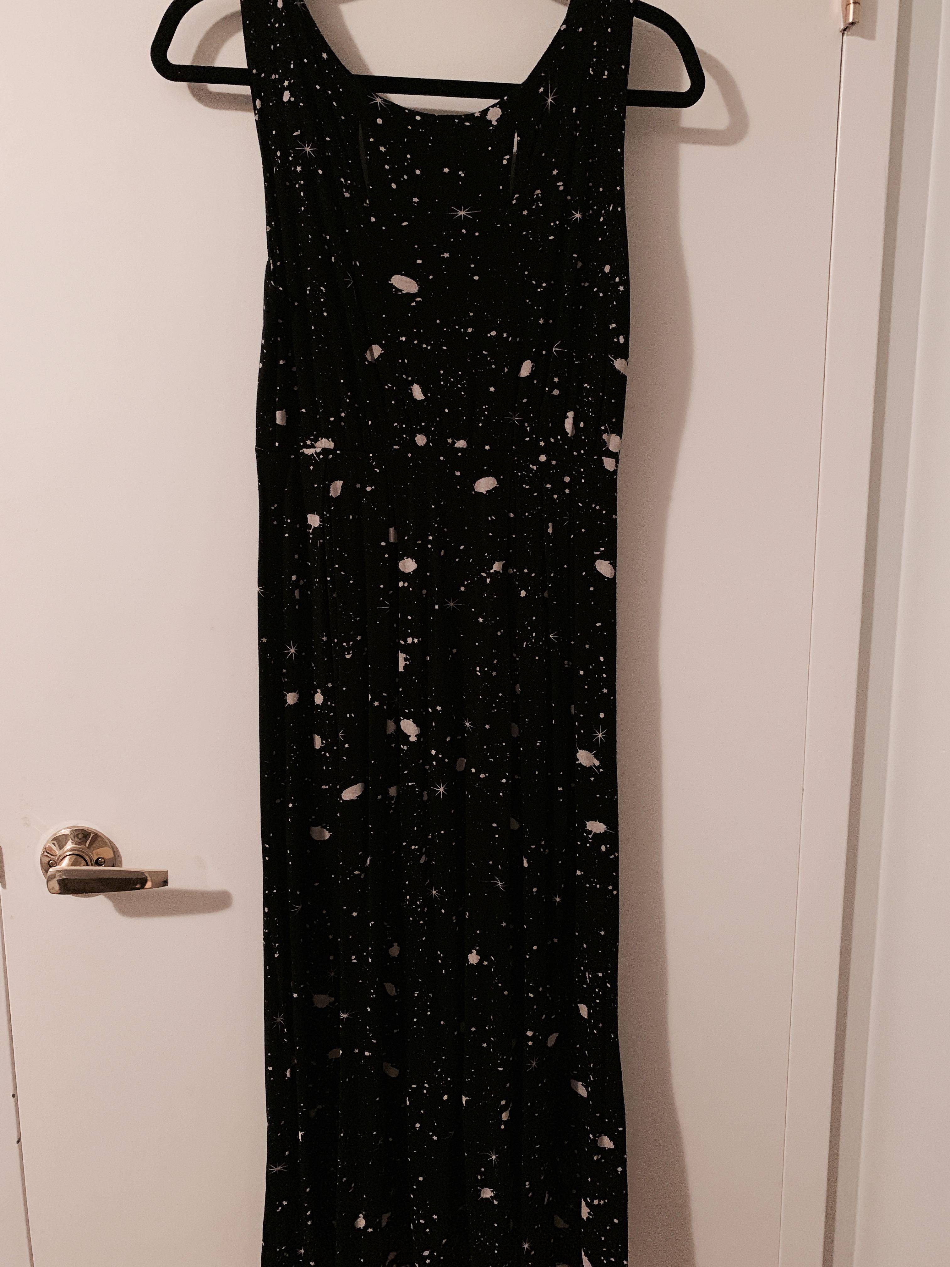 Black Splatter Mid/Maxi dress - size S/M