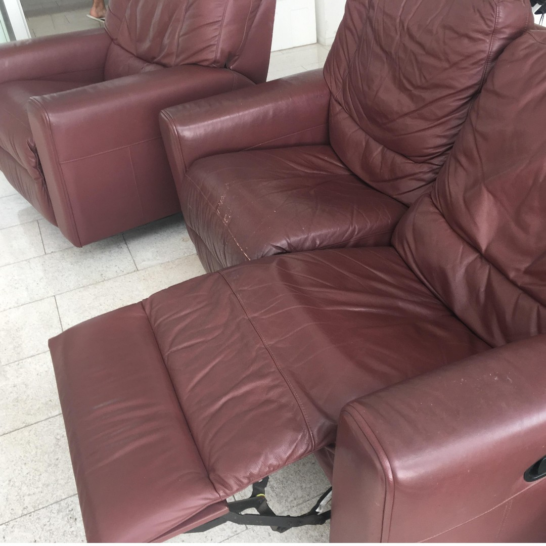 Super Soft And Comfy Leather Reclining Sofa For Sale