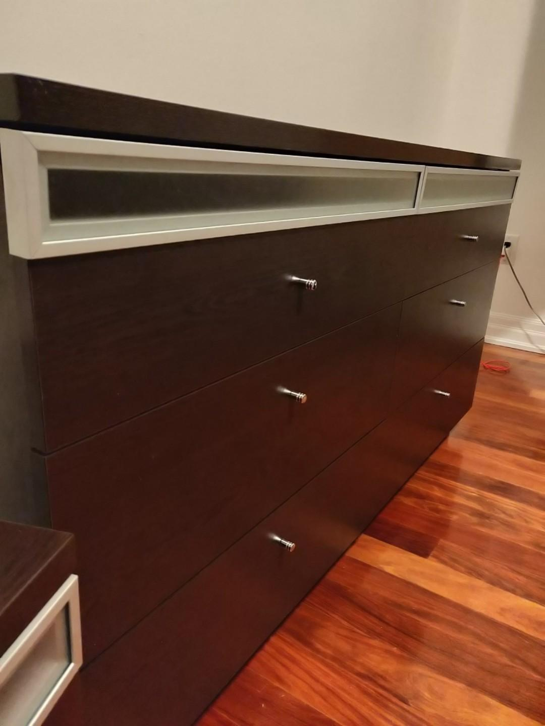Dresser and 2 Night Stands (includes mirror to attach to dresser)