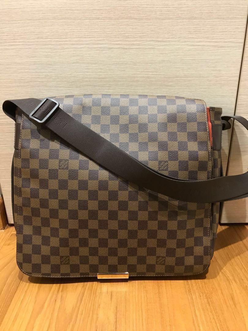 2a16364aae25 Louis Vuitton Damier Messenger Bag for Men