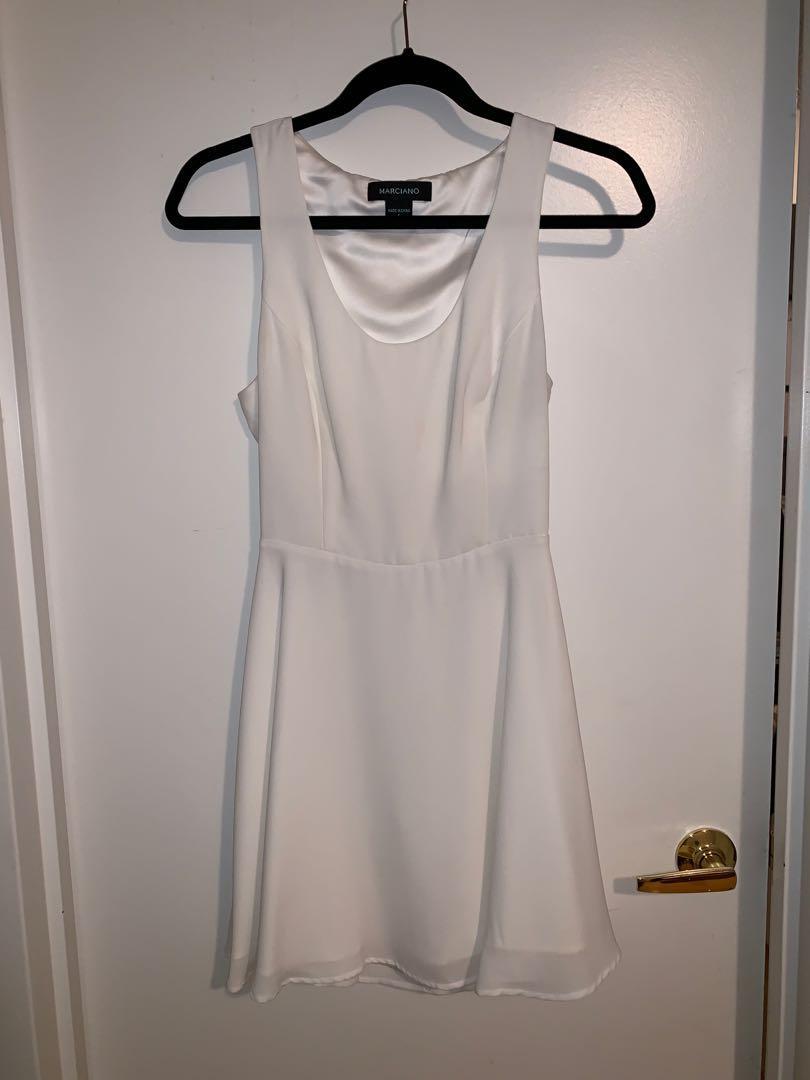 Marciano - White flowy dress - size 6