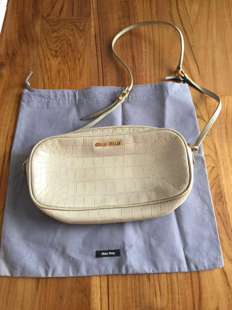 851c0317d8fd Miu Miu small sling bag