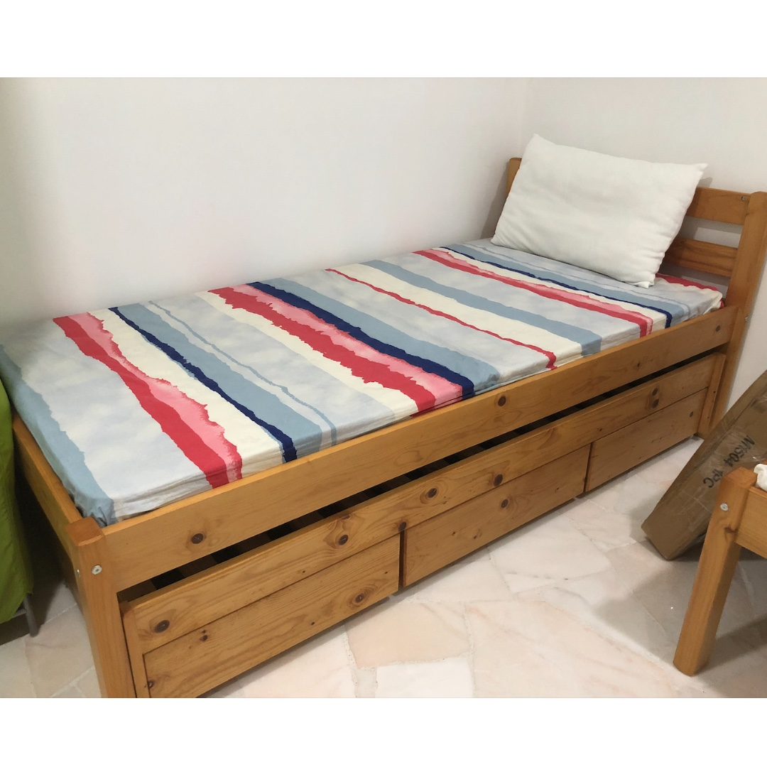 reputable site 4c6bb 0f5fe New Single Seahorse Bed w Bedframe x2 Customisable ...