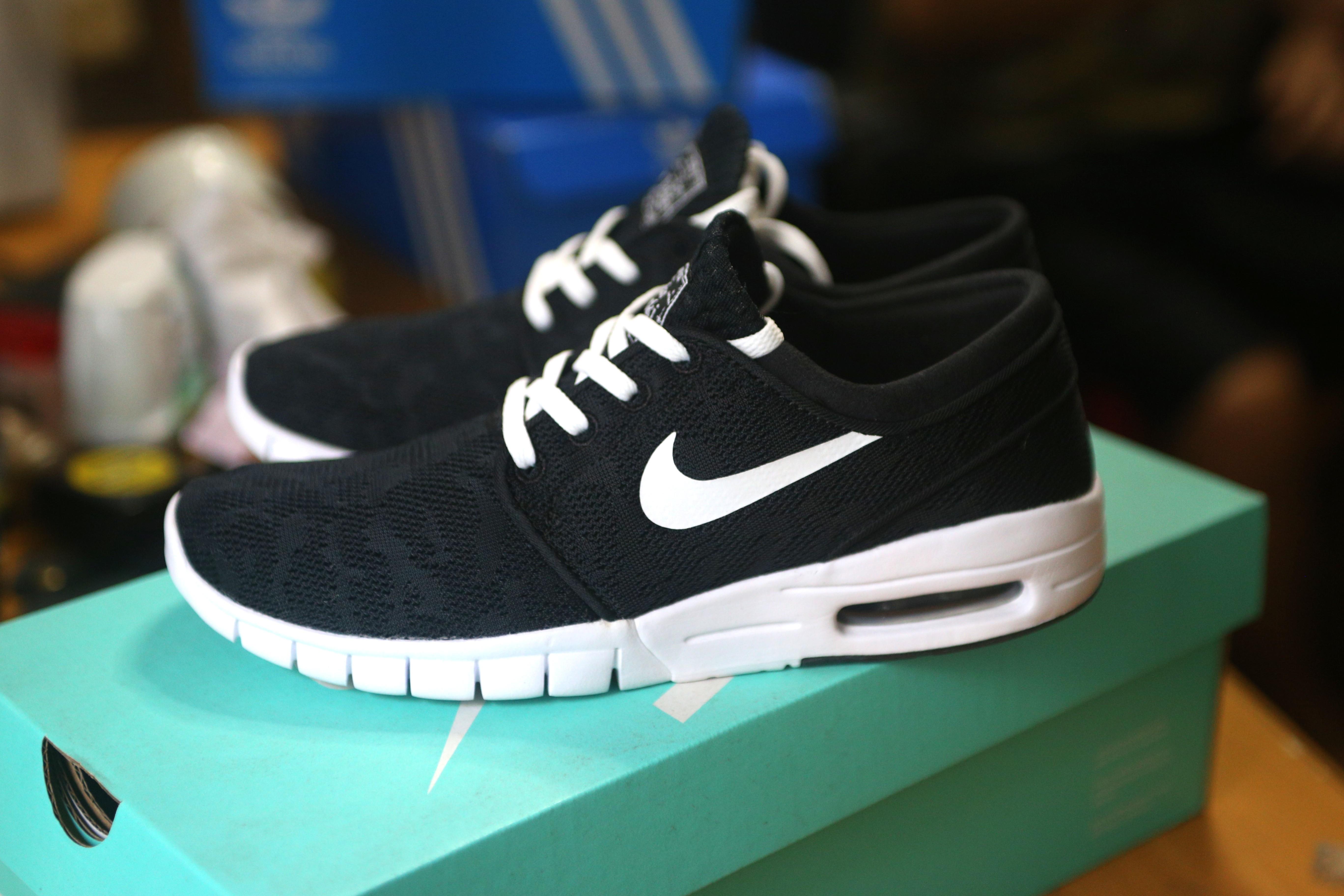 8c78fa9e524 Nike SB Stefan Janoski Max Black   White