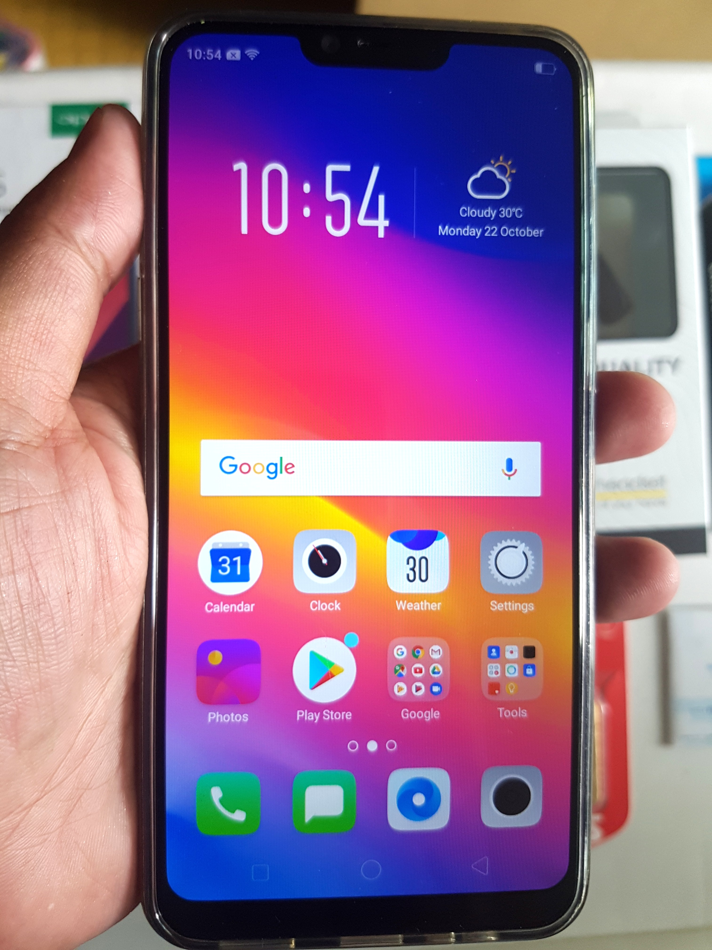 OPPO A3S with Lots of Freebies!