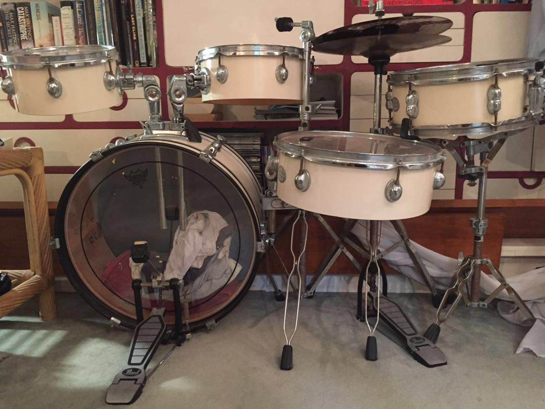 Pearl Traveller 7 Piece Drum Set With Protone Drumheads Music