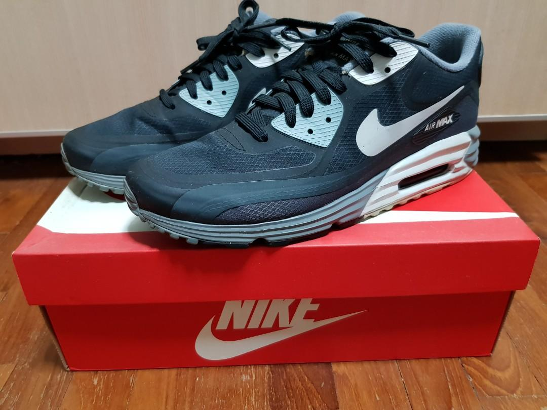 Petrificar Lima Inmunidad  US9.5 Nike Air Max Lunar 90 WR (Black/NTRL Grey), Men's Fashion, Footwear,  Sneakers on Carousell