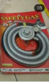 Selang kompor gas