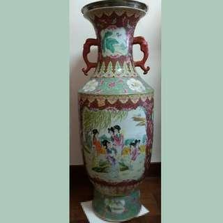Large Rose Medallion Antique Vase