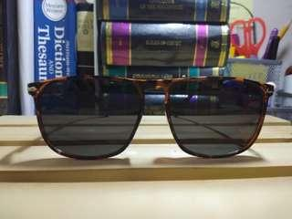 Sunnies by Charlie CARTER PRELOVED