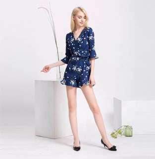 🚚 MDS Nolana Ruffle Romper dress, skorts in Navy Blue Floral Kimono dress