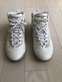Men's OVO x Jordan Shoes. Size 11