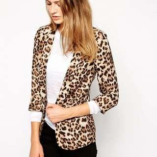 Glamorous Leopard Open-Front Blazer; Size Small