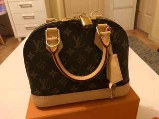 Brand new Louis vuitton Alma BB Monogram